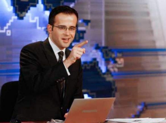 Un absolvent de teologie dat în urmărire generală acum 8 ani a ajuns vedetă la Antena 3