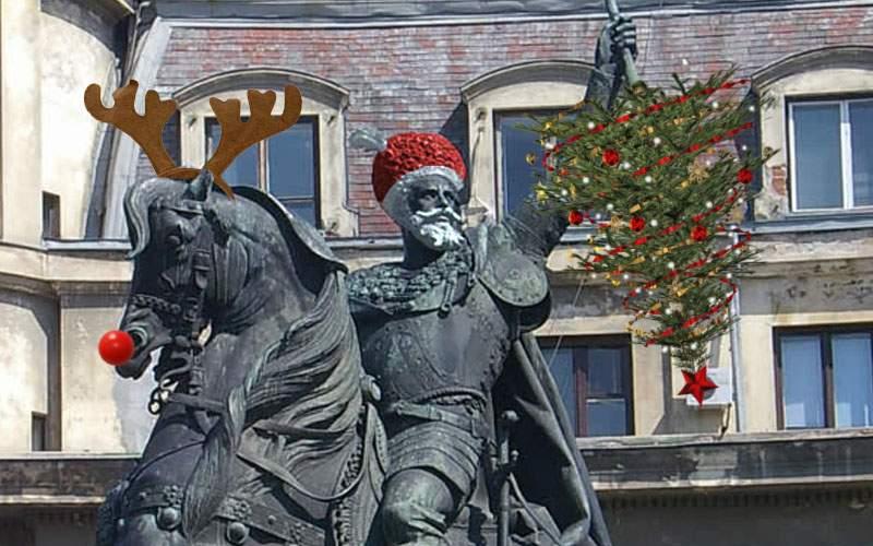 Căciula lui Mihai Viteazu va fi vopsită roșie, să pară că a venit moș Crăciun la Universitate