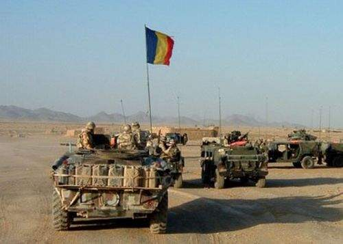 Militarii români din Afganistan pleacă la luptă cu arme închiriate