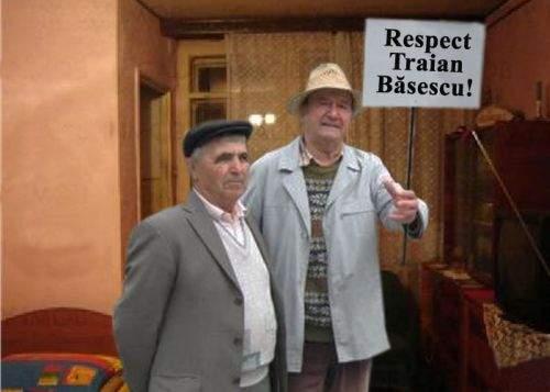 Miting de amploare pro-Băsescu, în garsoniera unui pensionar din Tecuci