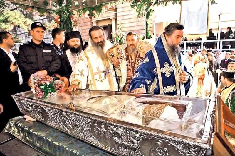10 evenimente inedite petrecute la moaștele Sf. Parascheva în acest an