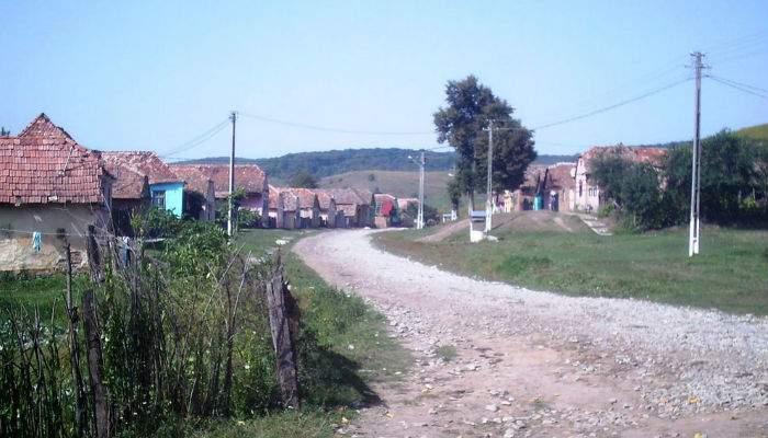 Moldova e pustie! S-a făcut vinul şi toţi sunt în case, s-au pus pe băut