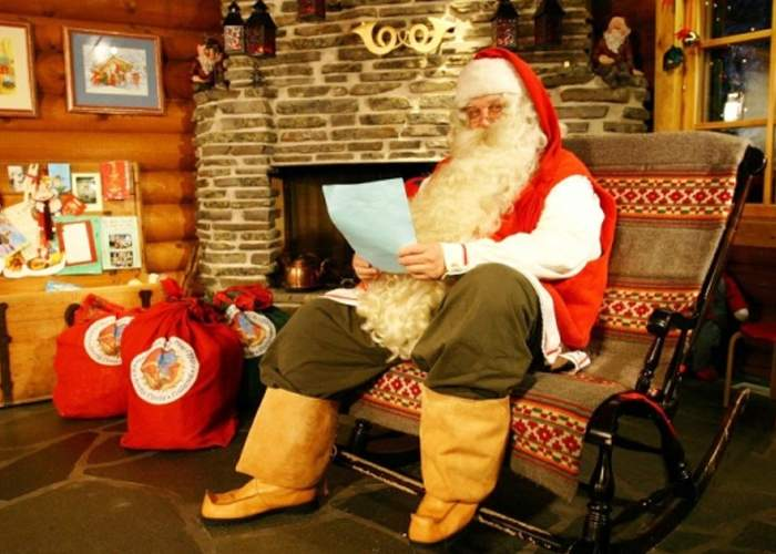 Adio cadouri! Moş Crăciun a primit şi el arest la domiciliu într-un dosar