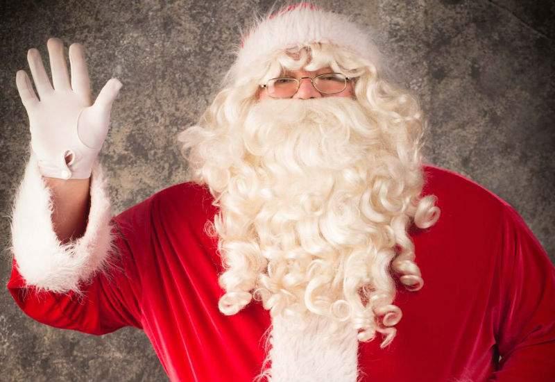 10 lucruri despre firmele de închiriat Moş Crăciuni