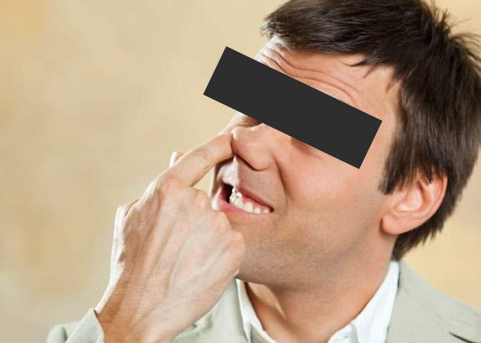 Succes la proba de competenţe digitale: un elev s-a scobit în nas până la creier