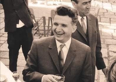 La mulţi ani! Tovarăşul Nicolae Ceauşescu a împlinit 95 de ani