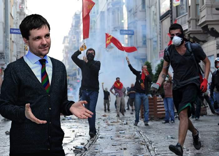 Jandarmii din Istanbul se tăvălesc pe jos de râs! Nicuşor Dan s-a alăturat protestelor