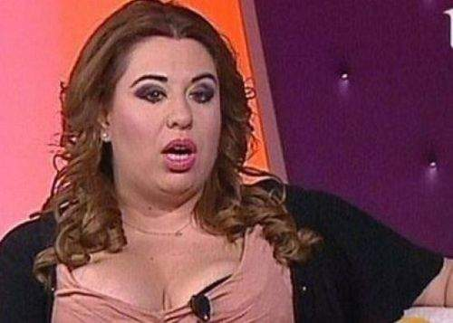 """Oana Roman sare în ajutorul lui Băsescu: """"Dacă preşedintele nu poate, înghit eu porcul"""""""