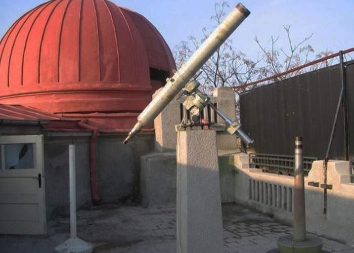 Şeful observatorului astronomic, demis pentru că nu a folosit telescopul la găsirea avionului
