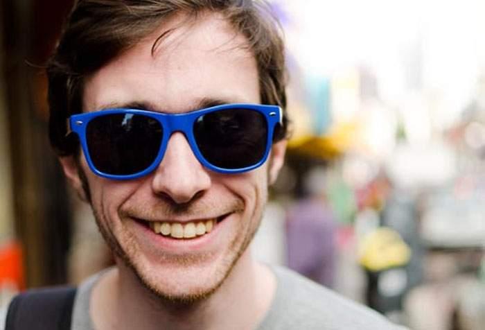 Fenomen rar în Bucureşti! Afară e atât de senin încât poţi purta ochelari de soare fără să fii cocalar