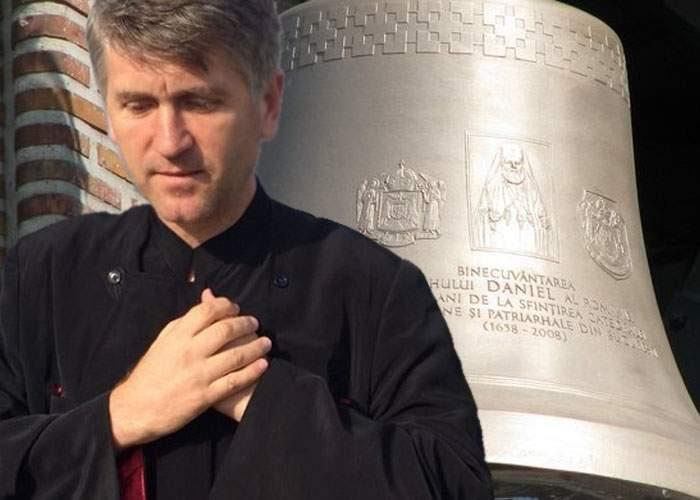 Pomohaci, reprimit în preoţie! Au fost montate clopotele la Catedrală şi e nevoie de cineva priceput cu ciocanul