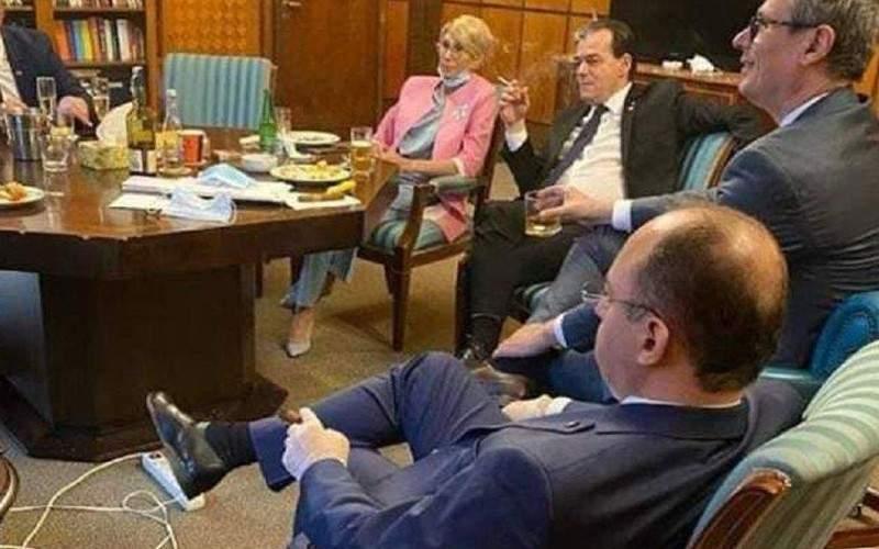 """Orban le trântește ușa în nas traseiștilor din PSD: """"Veniți mâine dimineață!"""""""