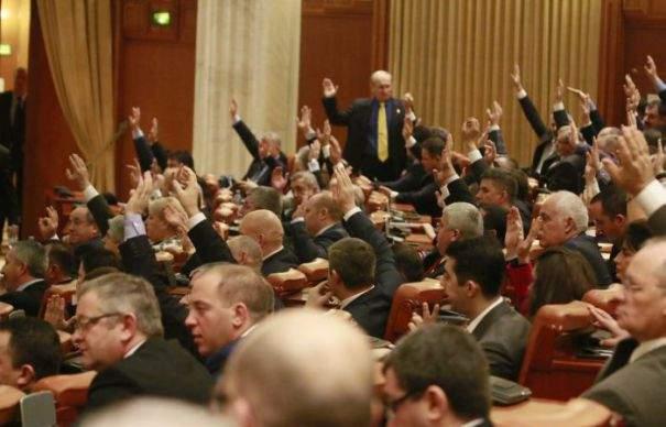 14 modificări planificate de pesedişti la regulamentul Parlamentului