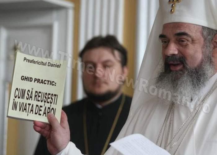"""Patriarhul Daniel şi-a lansat volumul """"Cum să reuşeşti în Viaţa de Apoi"""""""
