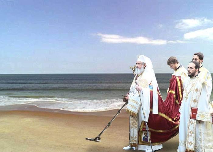 Plaja din Mamaia, închisă 2 ore, să poate veni Patriarhul cu detectorul, să caute lanţuri de aur