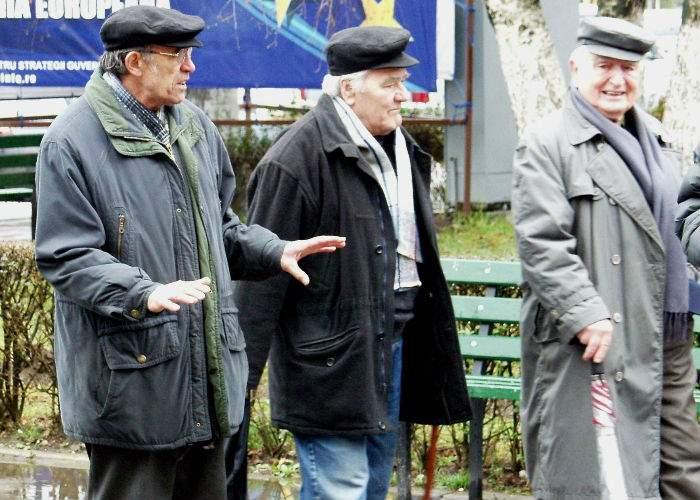 Mai mulţi pensionari trecuţi pe caiet la un chioşc au intrat în insolvenţă
