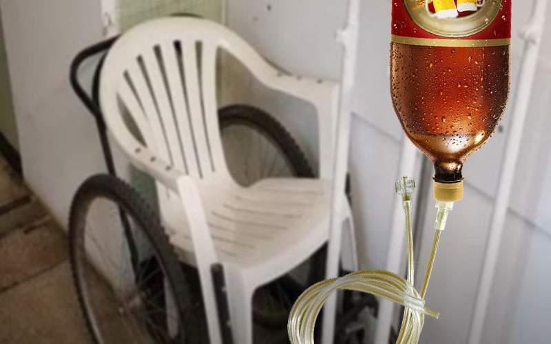Revoltă la spitalul din Craiova după ce s-a renunţat la scaunul de terasă şi la perfuzia cu bere