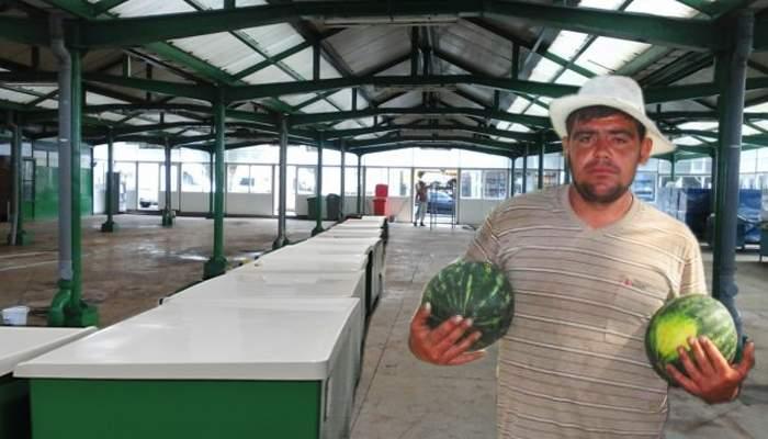 Prima piaţă cu produse 100% româneşti va fi închisă până în iulie, când apar pepenii
