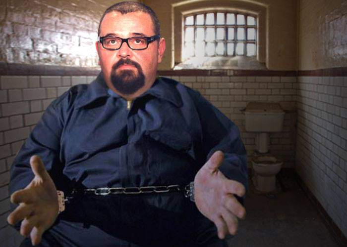 """Piedone se plânge că în închisoare se încalcă normele ISU: """"E o singură ieșire, și aia blocată"""""""