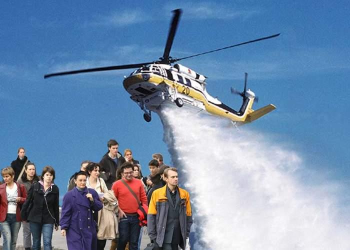 S-a găsit soluţia! Pietonii care n-au fost încă stropiţi de maşini vor fi stropiţi din elicoptere