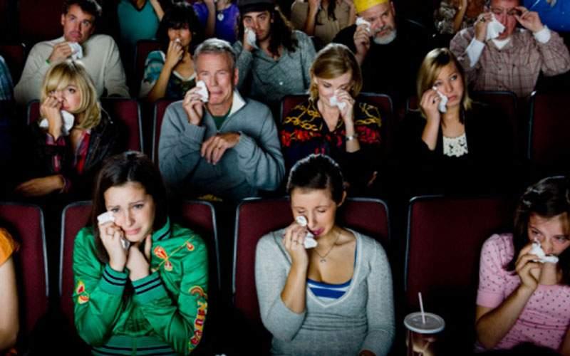 Bohemian Rhapsody, emoţionant! Mulţi români plângeau de când au văzut cât costă popcornul