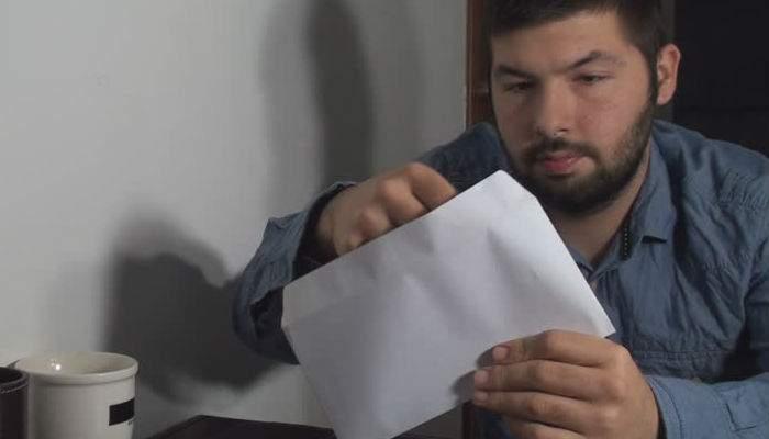 Opțiunea nucleară. Un român s-a căcat în plic, l-a trimis la fericiții miri și de atunci nu-l mai invită nimeni la nunți
