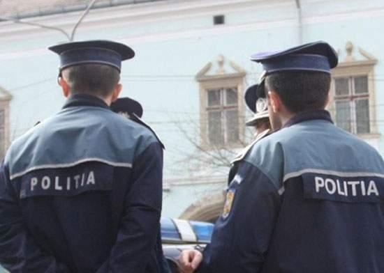 Poliţiştii care l-au arestat pe fiul lui Sile Cămătaru s-au predat azi-dimineaţă