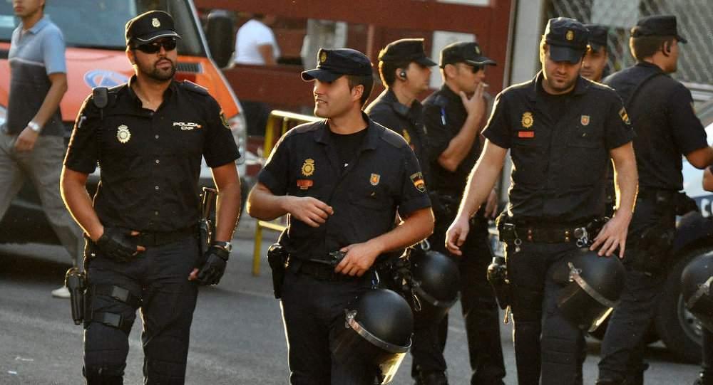 Poliţiştii din Spania intră toți în concediu, pentru că românii se întorc în ţară pe perioada verii