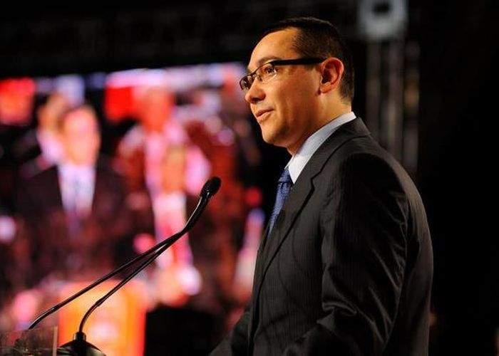 """Ponta se apară: """"Sunt cel puţin trei lucruri pe care nu mi le-aş trece niciodată în CV"""""""
