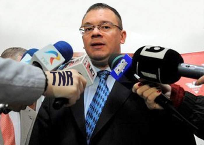 """Premierul Ungureanu: """"Miniştrii mei sunt necunoscuţi, din motive de securitate națională"""""""