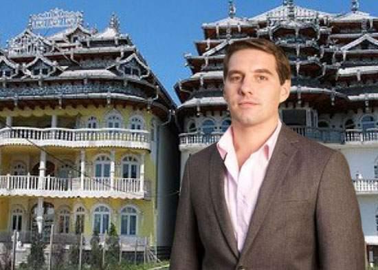 Principele Nicolae l-a invitat pe Harry să stea la el în castel până-și găsește ceva