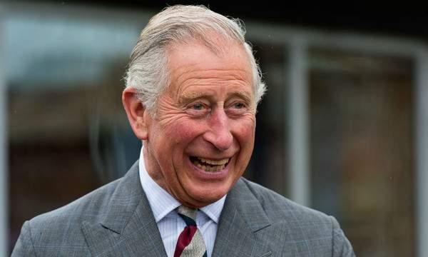 Prințul Charles a fost găsit pozitiv, dar i-a liniștit pe britanici, vine în România