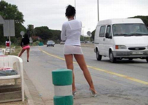 Prostituatele se plâng de şomerii care au restanţe la plata întreţinerii de raporturi sexuale