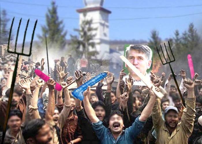 Ţăranii din satul lui Pomohaci ameninţă cu răscoala: Ieşim cu furci şi dildouri în faţa Patriarhiei pentru el!