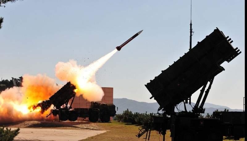 Pentru că s-au interzis petardele, România cumpără 4 rachete Patriot de la americani