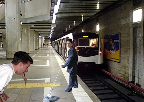 Răzbunare! Localnicii din Vama Veche vin în Bucureşti, se îmbată şi vomită la metrou!