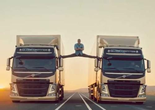 """Van Damme explica secretul cascadoriei cu TIR-urile: """"Eram lipit cu Corega!"""""""