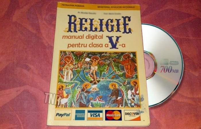 Au apărut manualele digitale de religie, care îi învaţă pe copii să dea bani la biserică prin Paypal