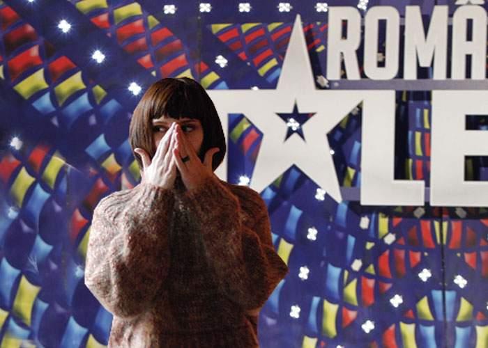 """A uimit juriul """"Românii au talent"""" cu aptitudinea ei uluitoare: o femeie căsătorită a tăcut 2 minute"""