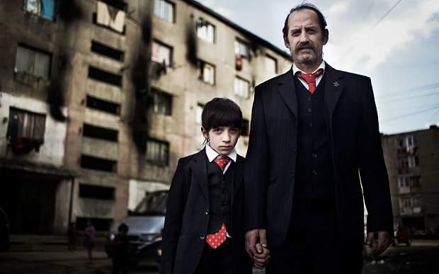 "Era inevitabil! BBC redifuzează ""Romanians are coming"" în varianta cu sirieni"