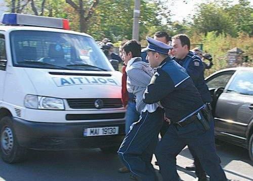 63% dintre români n-au încredere în infractorii autohtoni