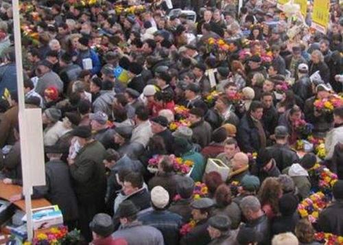 Rezultate contradictorii la recensământ: deşi românii sunt mai puţini, proştii sunt tot mai mulţi