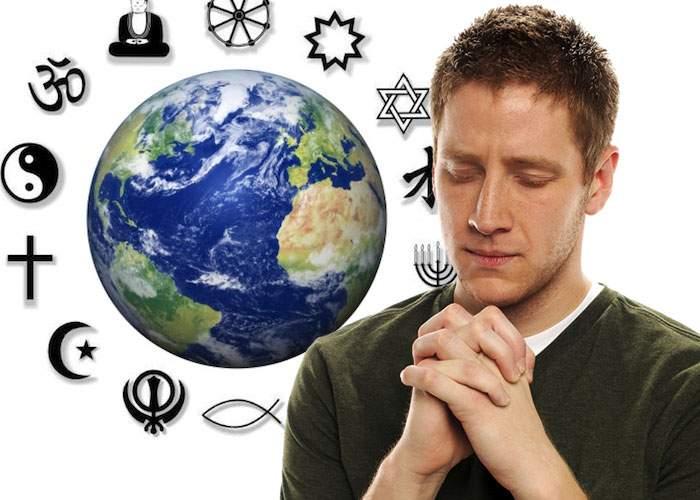 S-a pus pe învăţat în sesiune! Un student ştie deja 174 de rugăciuni pentru examene