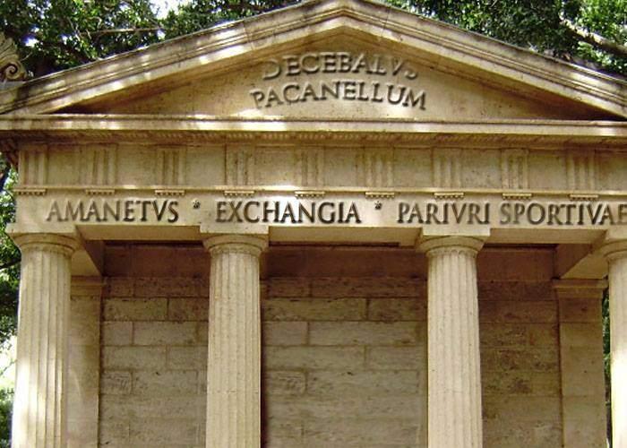 Adevărul despre daci. Ruinele de la Sarmizegetusa erau păcănele, sport-bets, farmacii şi amaneturi