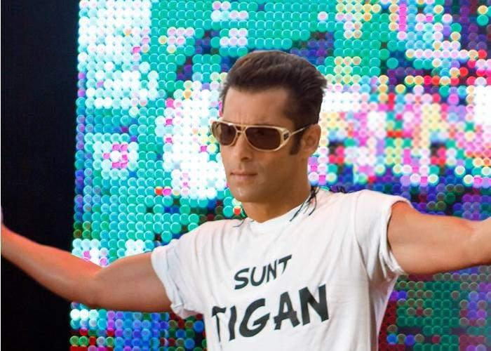 Emoţii mari la Strehaia! Salman Khan vine acasă, s-o prezinte pe Iulia Vântur părinţilor