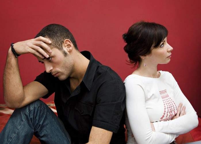 Cercetătorii britanici susţin că au găsit secretul vieţii de cuplu: divorţul