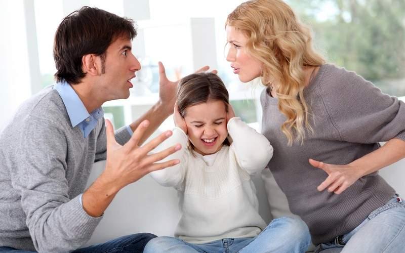 Credeați că ați scăpat? După teleşcoală, pe TVR se ține teleşedinţă cu părinţii