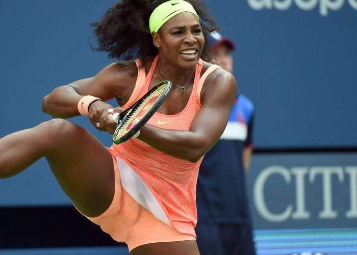 Serena Williams, acuzată că e bărbat după ce a făcut o parcare laterală din prima