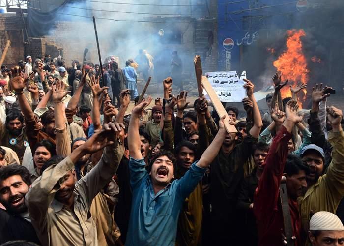 Imigranţii sirieni, adevăruri tulburătoare. Cei mai mulţi au plecat ca să scape de gura nevestei!
