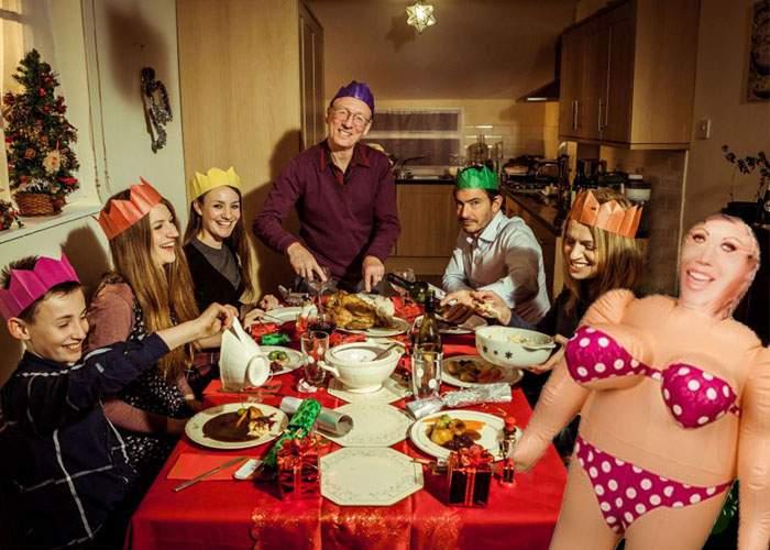 Tradiţii noi! De Crăciun, foarte mulţi români preferă soacra de plastic în locul celei naturale
